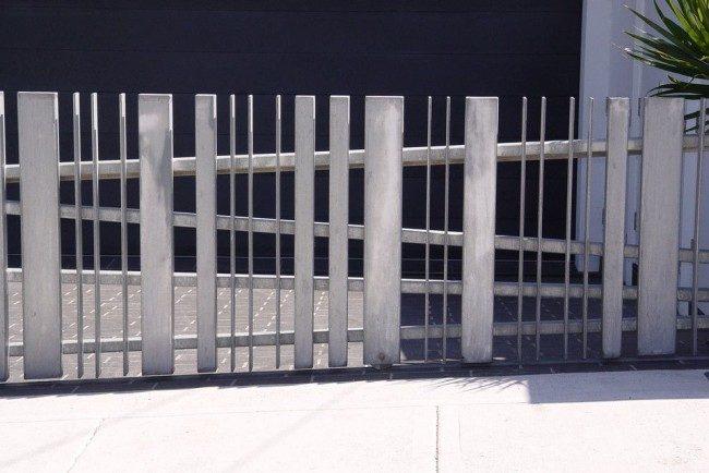 Ворота откатные своими руками (57 фото): виды, особенности устройства и монтажа