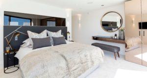 85+ идей интерьера белой спальни: элегантная роскошь (фото)