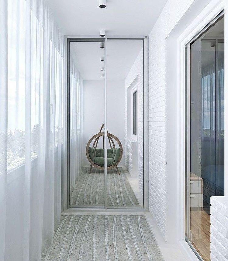 Шкафы на балконе или лоджии: советы и рекомендации